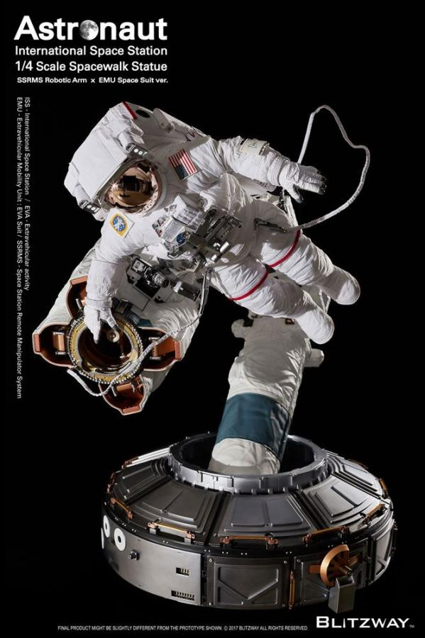 The Real Superb Scale Hybrid Statue 1/4 Astronaut ISS EMU Ver. 90 cm