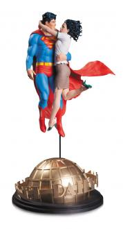 DC Comics Designer Statue Superman & Lois Lane 42 cm