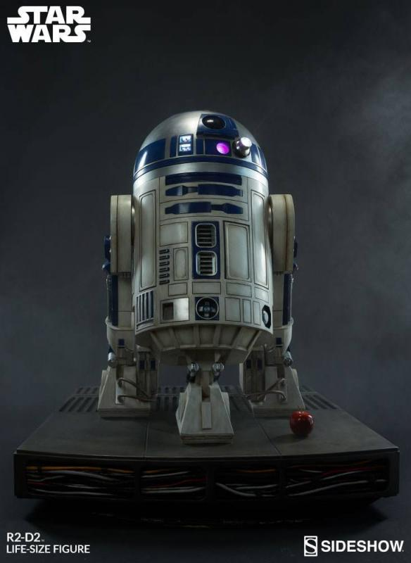 Star Wars Life-Size Statue R2-D2 122 cm