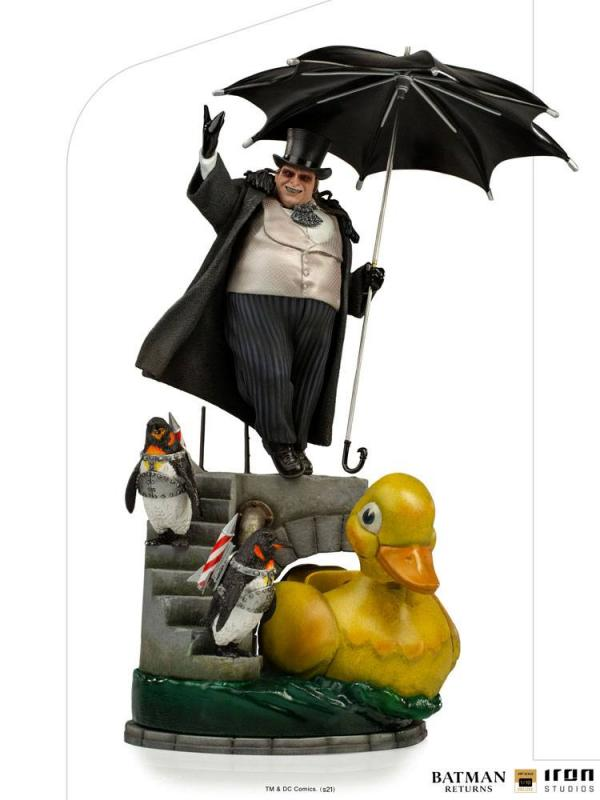 Batman Returns: Penguin 1/10 Deluxe Art Scale Statue - Iron Studios
