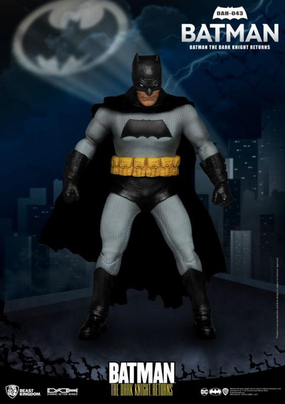 Batman The Dark Knight Returns: Batman 1/9 Action Figure - Beast Kingdom Toys