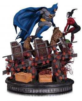 DC Comics Statue Batman VS. Harley Quinn Battle 36cm