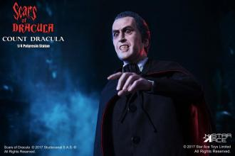 Scars of Dracula Statue 1/4 Count Dracula 53 cm
