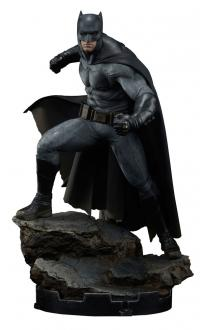 Batman v Superman Premium 1/4 Batman Statue 50 cm