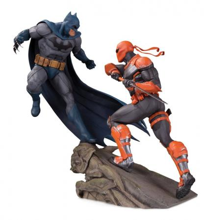 DC Comics Battle Statue Batman vs. Deathstroke 30 cm