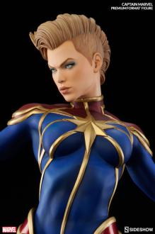 Marvel Premium Format Figure 1/4 Captain Marvel 58 cm
