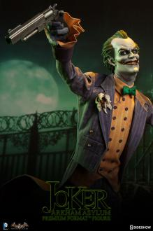 Batman Arkham Asylum Premium Format 1/4 The Joker 62 cm
