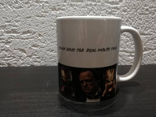 FILM LEGENDS MUSEUM MUG VERSION B