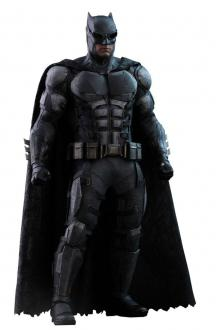 Justice League Movie Masterpiece Action Figure 1/6 Batman Tactical Batsuit Version 33 cm