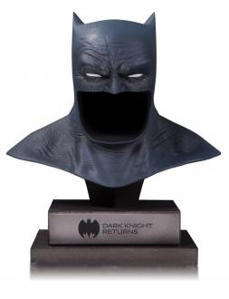 DC Gallery Bust 1/2 The Dark Knight Returns Batman Cowl 21 cm
